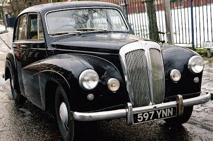 Daimler%20Conquestw.jpg